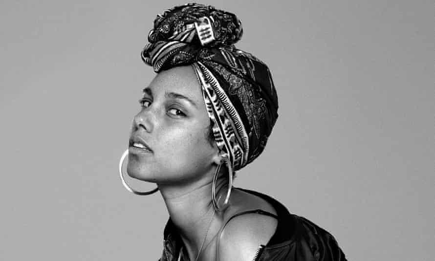 Alicia Keys in a #nomakeup image.