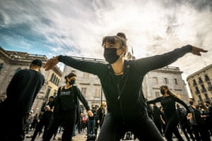 Teachers and students from various dance schools protest against harsher anti-covid19 measures. Barcelona, Spain