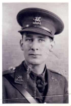 Bernard Pheasant, 1942