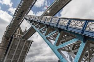 A bridge lift in action