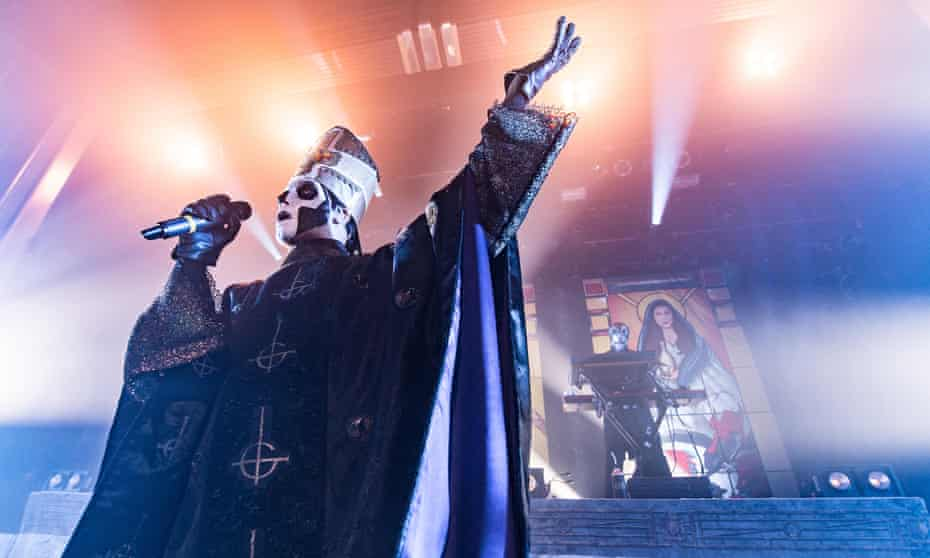 Papa Emeritus – another likely Forge alter ego – on stage.