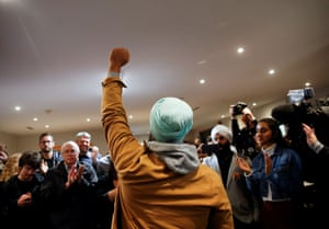 Burnaby, CanadaNDP leader Jagmeet Singh raises a fist as he encourages campaign volunteers and supporters at the NDP election office on Election Day