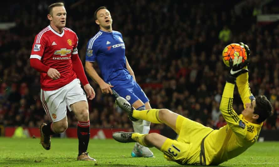 Manchester United's Wayne Rooney and Chelsea's Thibaut Courtois