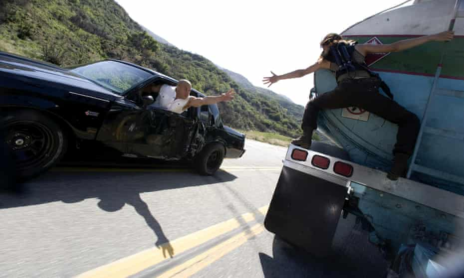 'It's easy ... Just accelerate and then scream' ... Diesel and Michelle Rodriguez in Fast & Furious.