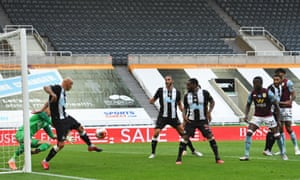 Martin Dubravka goalkeeper for Newcastle United fails to keep out Ahmed Elmohamady's header.