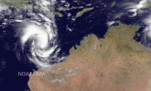 Western Australia braces for flooding as cyclone Olwyn downgraded