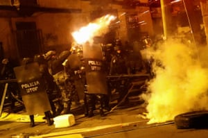 La Paz, Bolivia Police fire tear gas during clashes between protesters against president Evo Morales and government supporters