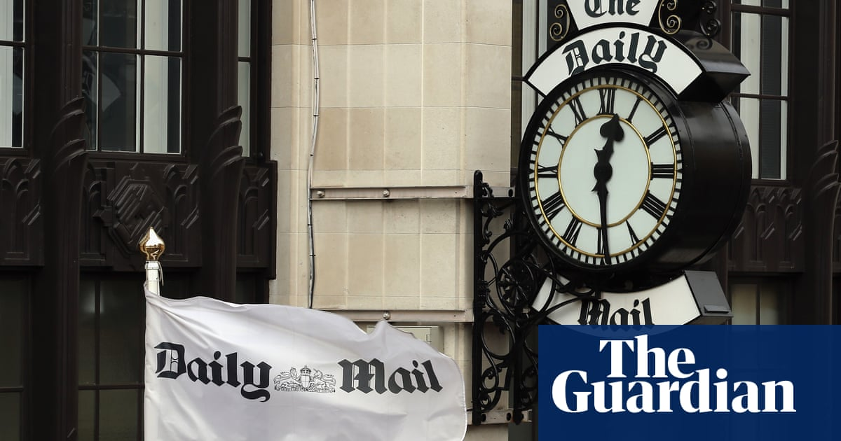 Rothermere readies £810m bid to take Daily Mail owner private