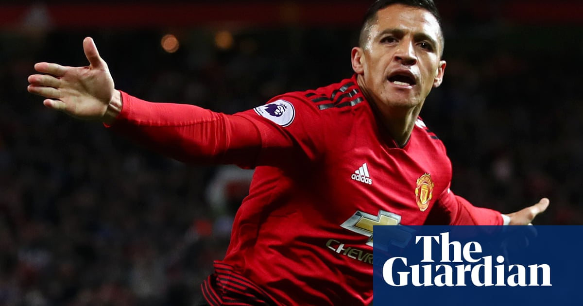 quality design 59409 3bdc2 Football transfer rumours: Sánchez to leave Manchester ...