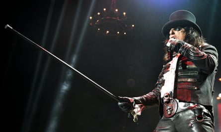 The Phantom of the Opera reincarnated as a rock god … Alice Cooper at Manchester Arena.