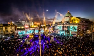 ( Fireworks launch Hull's year as the UK's City of Culture )