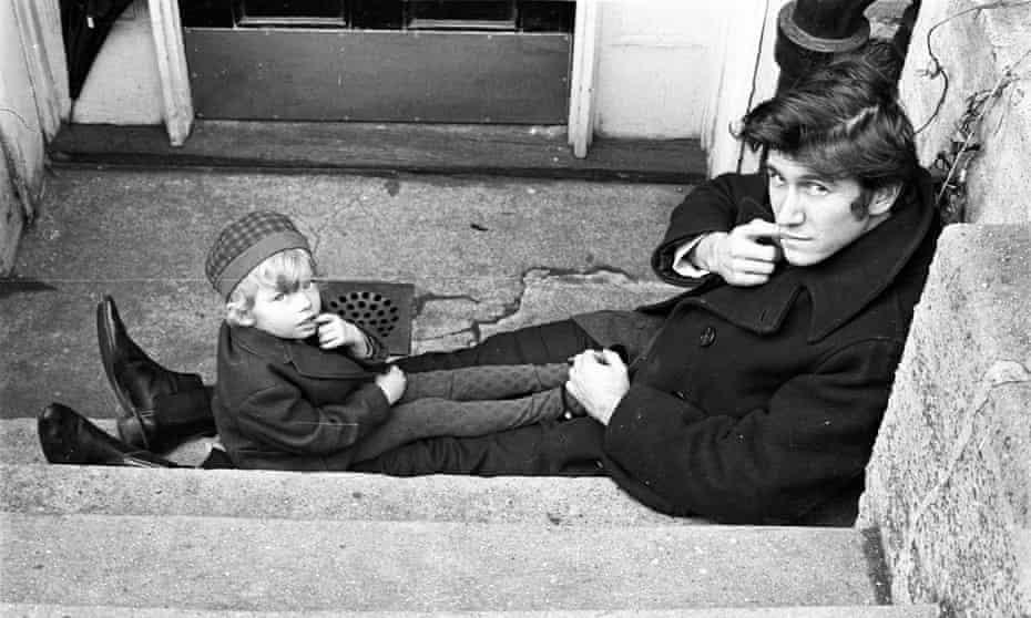 Phil Ochs and his daughter Meegan in New York, 1967.