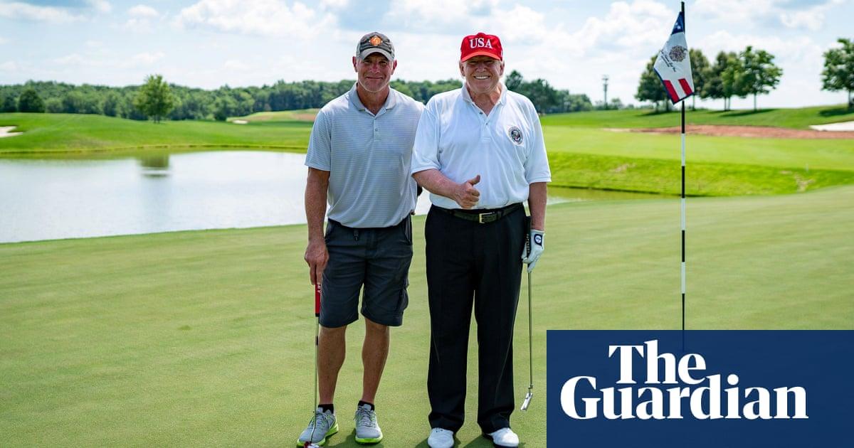 Donald Trump golfs with NFL great Brett Favre at Bedminster club