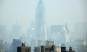 Smog covers midtown Manhattan in New York