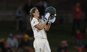 Ellyse Perry kisses her helmet after thinking she had scored 200.