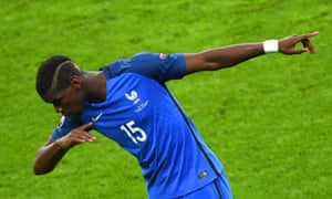 Paul Pogba does the dab