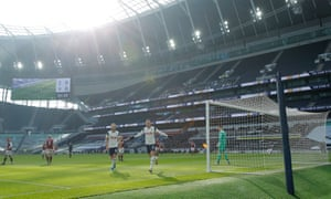 Gareth Bale celebrates the opening goal.