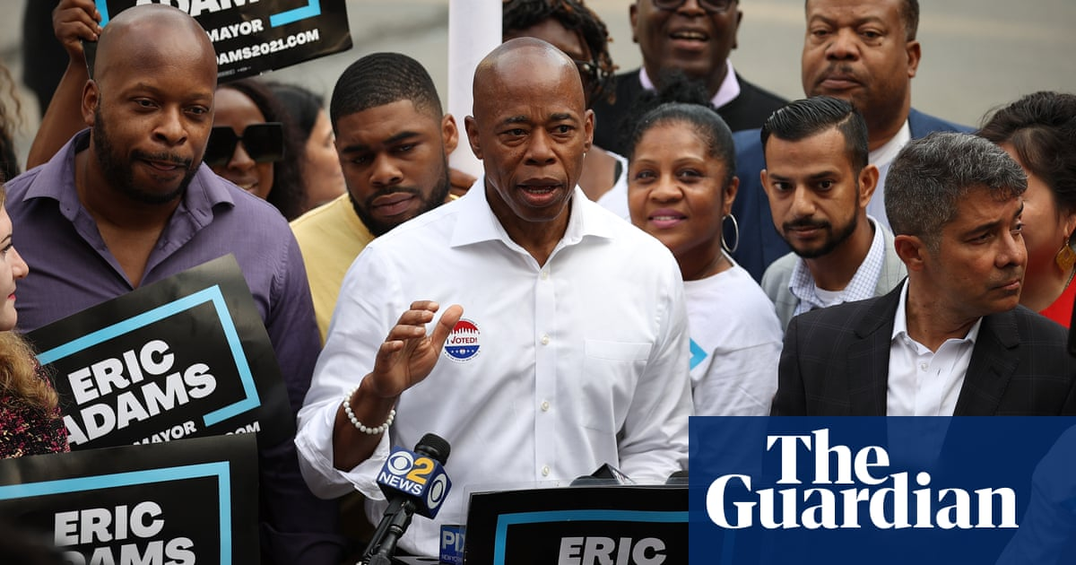Ex-police captain Eric Adams takes early lead in New York mayoral primary
