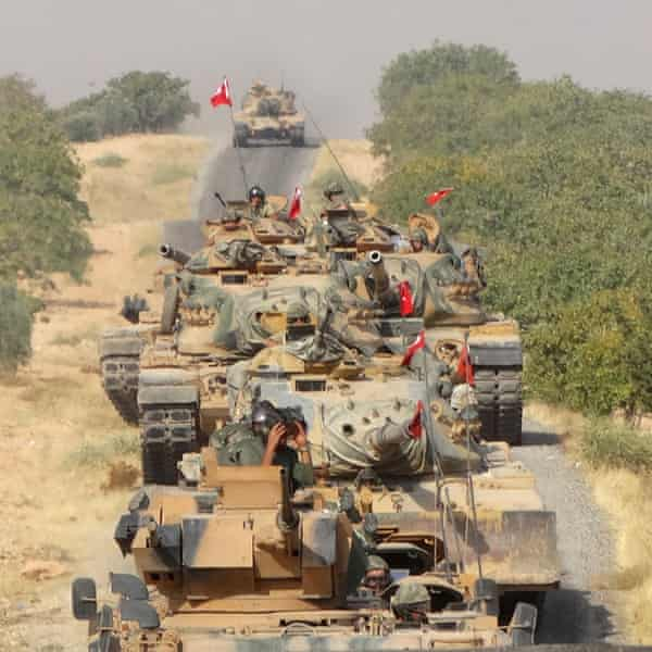 Turkish tanks on the road to Jarabulus in August