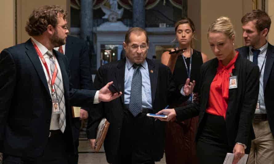 Jerrold Nadler arrives to the House floor for a vote.