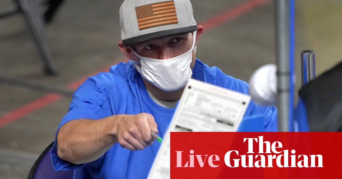 Arizona official says voting machines should be replaced after 'audit' – live