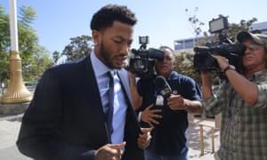 New York Knicks basketball player Derrick Rose arrives at court in downtown Los Angeles.