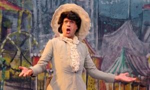 Countertenor Denis Lakey as Melissa in La Liberazione di Ruggiero.