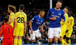 Everton 2-0 Chelsea: Premier League – as it happened