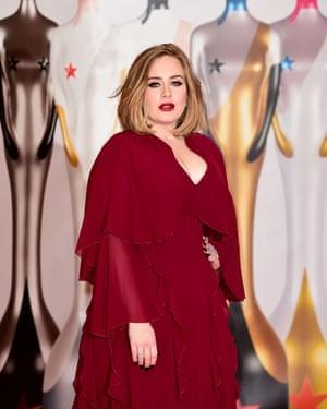 British female solo artist: Adele