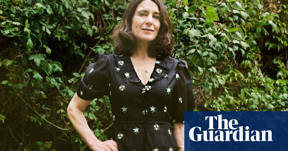 I Couldn't Love You More by Esther Freud review – mothers, daughters and secrets