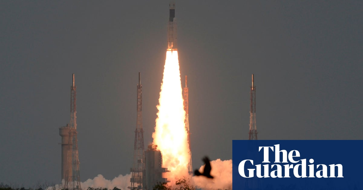 India's Chandrayaan-2 moon mission lifts off a week after aborted launch | World news | The Guardian