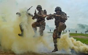 Jabalpur, India: Army recruits at a training demonstration