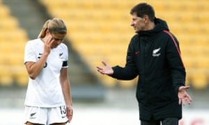 Andreas Heraf talks to player Rosie White