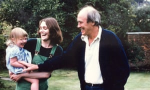 Sophie Dahl, with her mother, Tessa, and grandfather, Roald.