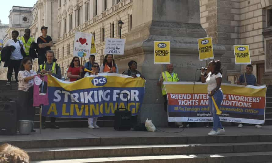 Government support staff on strike in Westminster