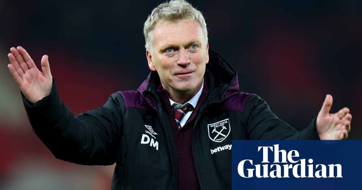 West Ham to appoint David Moyes on 18-month deal after sacking Pellegrini