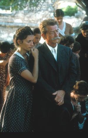 Penelope Cruz and John Hurt in Captain Corelli's Mandolin, 2001