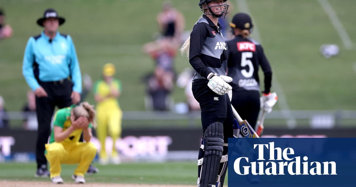 New Zealand level T20 series in final-ball thriller against Australia