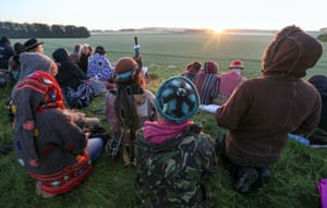 Watching the sunrise at Avebury stone circle