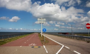 Cycling road on the Afsluitdijk