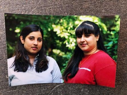 Priya Khanna, right, with her younger sister Anisha Khanna-Sharma.