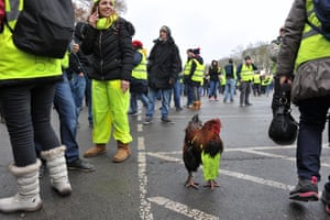 Éric Hadj has been reporting on the gilets jaunes movement from the outset, covering a wide range of players: demonstrators, police, politicians, right up to the minister of the interior