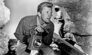 Kirk Douglas as the hardened reporter Chuck Tatum in Billy Wilder's classic Ace in the Hole.