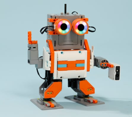 The UBTech Jimu Astrobot can be assembled with a Lego-like kit, and is one of the best gadgets of 2017.