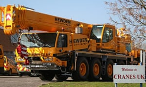 Hewden hires out cranes and other heavy machinery.