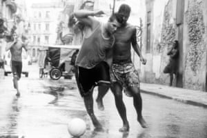 Players duel on the streets of Centro Havana