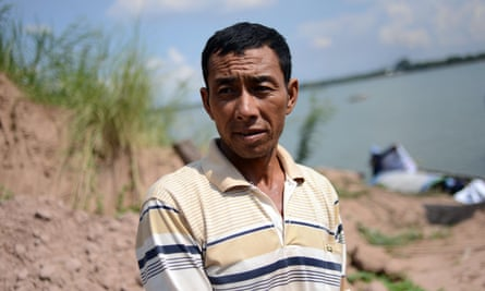 Fisherman Yor Dieb discovered the bomb in the Mekong River which was safely salvaged and defused. It is the second bomb he has caught his net on in 10 years. He took part in the mission by steering the boat that bore the dive team and towed the salvaged bomb to land.