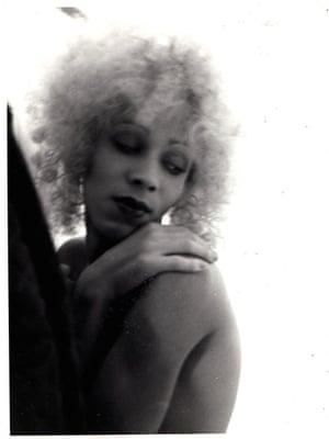 Nan Goldin: Bea as blonde venus, 1974