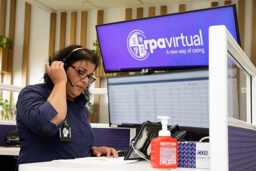 Royal Prince Alfred hospital nurse Maria Azize takes a call at the RPA Virtual Hospital.