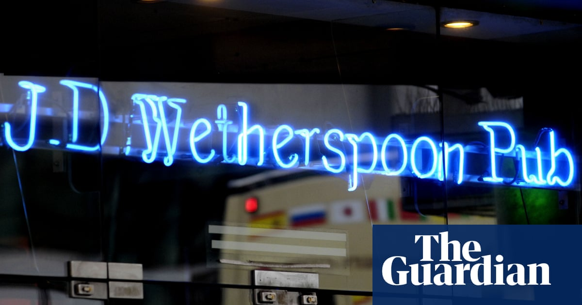 UK pub and bar bosses condemn 'scandalous' Covid restrictions